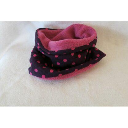 Baby/Kindermütze violett mit pinken Punkten