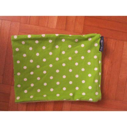 Loopschal grün mit weissen Punkten