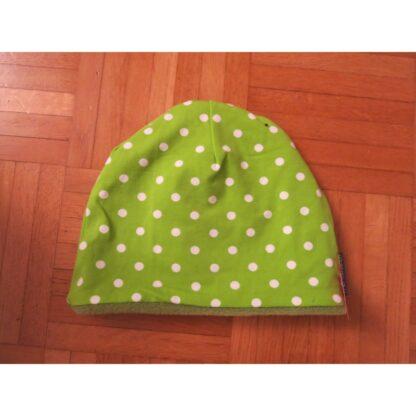 Mütze grün mit weissen Punkten